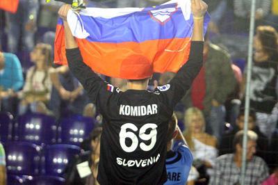 Najboljši igralec slovenske reprezentance v malem nogometu za rekreativce na miniEURO 2013 vratar Nejc Komidar iz Loške doline