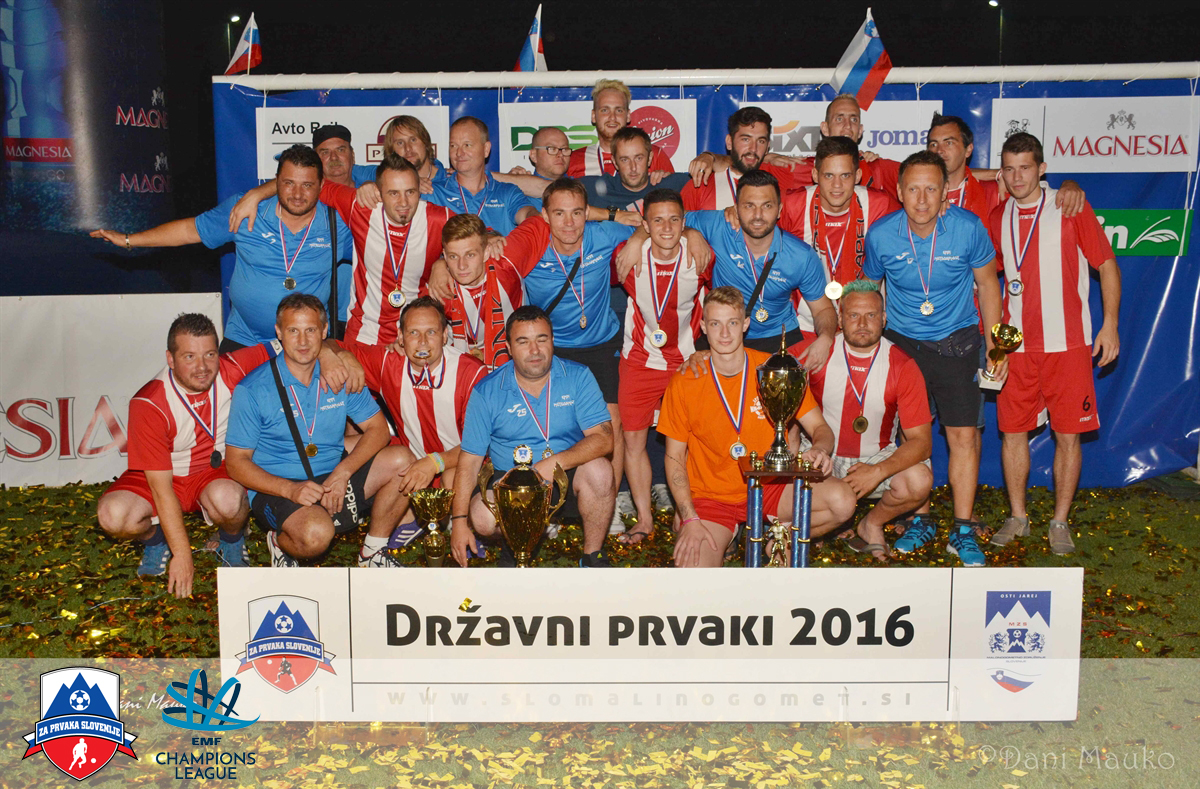 Prvaki SLovenije 2016 NK Kapela Ekosen in KMN Meteorplast